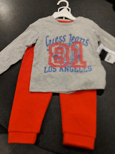 BRAND NEW 24 MONTH GUESS BOYS OUTFIT