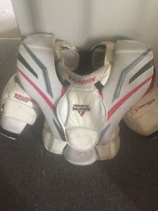 Vaughn Vision 9500 Chest Protector