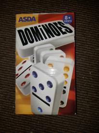 16 in 1 Dominoes game set