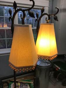 2 Standing Lamps