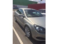 Vauxhall Astra twin top convertible 1.9 CDTI