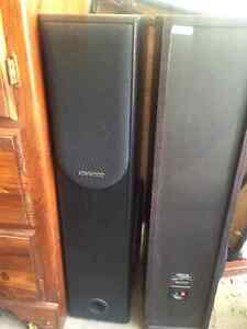Kenwood Floor Tower Speakers - 100W 3Way Speaker - JL-558 Kitchener / Waterloo Kitchener Area image 1