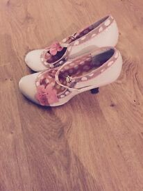 Ruby shoos size 7