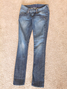 Guess & American Eagle jeans
