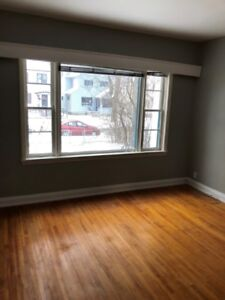 FREE RENT AND $200 GC FOR XMAS – 2/3 Bedroom Suites