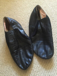 Wanted: Jazz Shoes Size 7-7.5