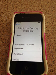 IPHONE 4S - APPROXIMATELY 3 YEARS OLD - EXCELLENT CONDITION!