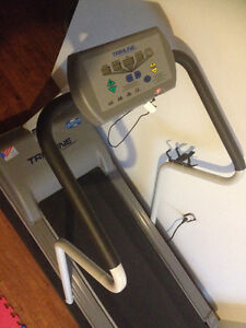 Treadmill Trimline 2600 For Sale West Island Greater Montréal image 2