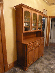 kitchen buffet and hutch London Ontario image 2