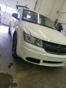 2014 dodge journey Canadian package low km