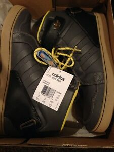 Size 10.5 Adidas leather Hightops BRAND NEW!