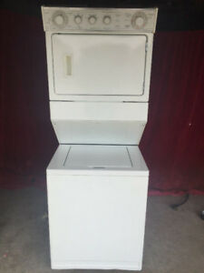 whirlpool stackable Washer Dryer 2 in 1 For Sale