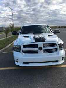 2014 1500 Dodge Ram sport crew can