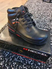Uvex Heckle steel toe cap boots black leather size 5