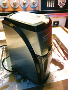 Coffee bean grinder (moulin Cafe)