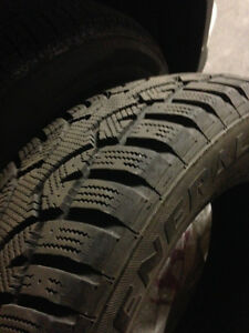 Like New set of 4 winter tires 17""