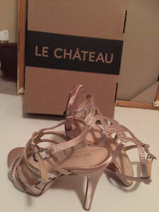 New never worn with original box le chateau shoes Kitchener / Waterloo Kitchener Area image 7