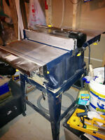 Table saw, like new! Very good condition!