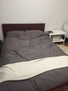 House furniture clearance sale. Vente de déménagement de meubles