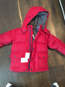 New with tag! 5T GAP down filled winter jacket