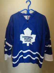 leafs jersey, beer mugs and glasses Peterborough Peterborough Area image 2