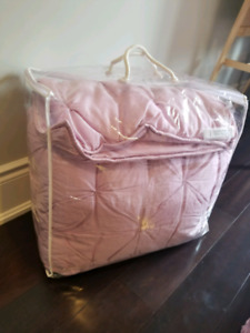 Pottery Barn Kids quilted Conforter Set