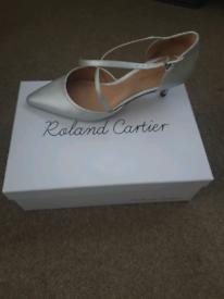 roland Cartier prom silver heels 5