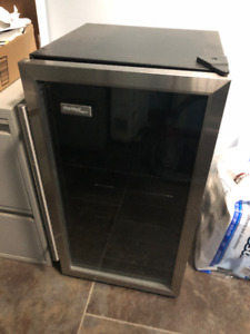 Danby Beverage Fridge Stainless with Glass Door Like new