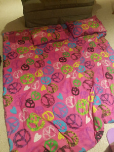 Double comforter with pillow shams and bed skirt