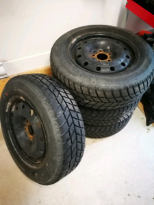 4 winter tires 215/65/R16 with rims