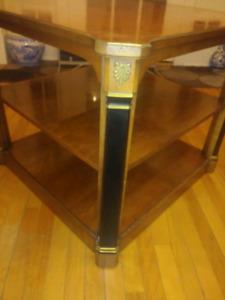 Table de salon de tres bonne qualité
