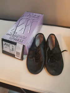 jazz dance shoes toddler size 10