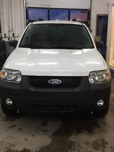 2007 Ford Escape Hybrid !! ECONOMIQUE !! SUPER PROPRE !!