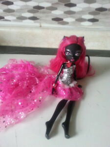 Catty Noir Monster High Doll