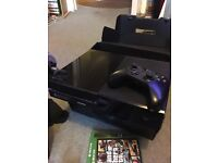 Xbox One console 500gb Day One with GTA V and Dead Rising 3