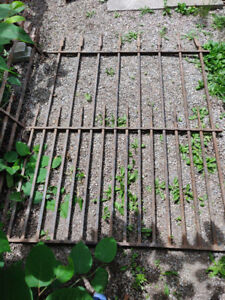 Antique Canadian wrought iron fences dated from 1834.
