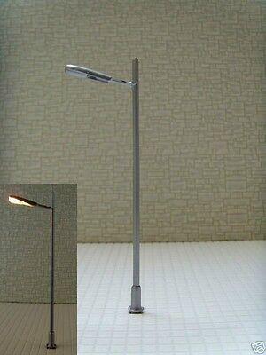 S098 - 10 Stück Lampen Straßenlampen 1-flammig 7,5cm Peitschenleuchte