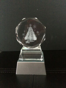 LASER ENGRAVED CRYSTAL TREE WITH ILLUMINATED BASE – NEW IN PKG