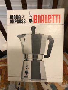 Brand New in Box Bialetti 2 Cup Moka Express Coffee Maker Italy!