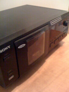 CD PLAYER - SONY