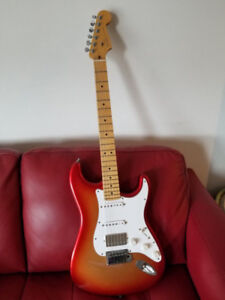 Fender USA Deluxe Strat w/ Bare Knuckle pickups