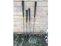 Set of 4 golf clubs