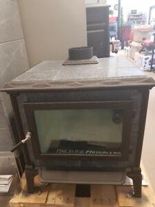 "Hearthstone ""Mansfield"" Wood Stove - New"