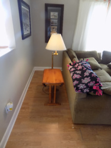 Roxton end tables w/lamp(2)