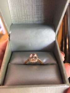 Engagement Ring, Cushion cut morganite in rose gold.