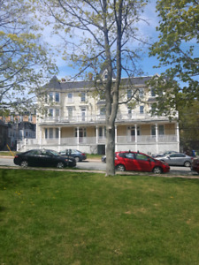 MAY 1ST AT ELMWOOD 2 BEDROOM AND BACHELOR