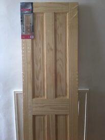 Solid wood internal door