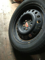 P23555R17 LINCOLN MKS FORD TAURUS WINTER TIRES AND RIMS