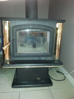 Wood stove, super 27 spectrum classic, with blower kit,.