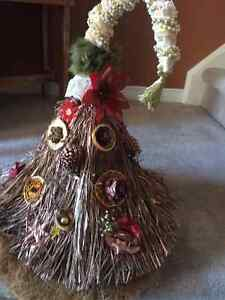 Handcrafted Christmas trees London Ontario image 3